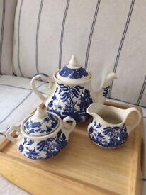 Old Willow Tea Set