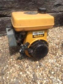 Robin EY08 engine for spares or repair. Suit cement mixer wacker etc