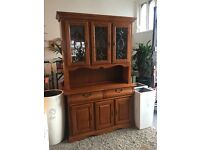 DRESSER \ DISPLAY CABINET. TOP QUALITY. SOLID. ABSOLUTELY BEAUTIFUL. ALL LIGHTS UP. JUST STUNNING