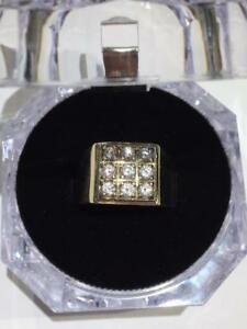 #1263 14K MEN'S RING WITH A DIAMOND LOOK! RING SIZE 8 3/4