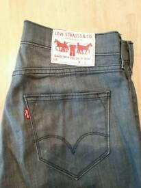 Men's Levis jeans size 30/32