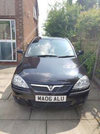 Vauxhall Corsa 1.2sxi low mileage in Black 3 doors hatchback 2006