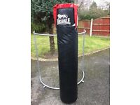 Lonsdale 5FT Punchbag With Hanging Straps - Boxing/MMA/Kick Boxing - Good Condition No Rips or Tears
