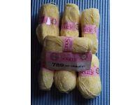 9 x Balls of Various Sirdar Knitting Wool/Yarn
