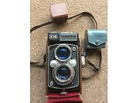 Antique cameras x3 and bundle
