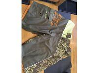 Hot Tuna Swim Shorts - size 32
