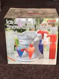 New- Cooks Ice Shaver and Snow Cone Maker