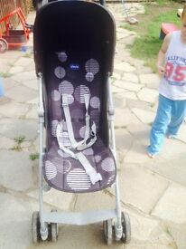Londen chicco buggy excellent con 6 Mths old comes with cosy toes and spare cosy toes