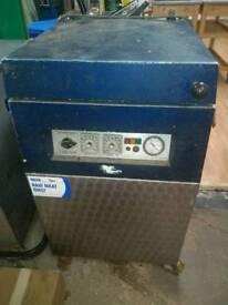 Commercial vacuum packer