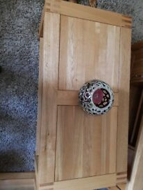 Alto Range Oak Coffey Table. Mint condition