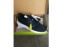 Adidas neo trainers size 7 never worn