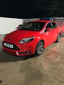 ** Ford Focus ST3 In Race Red **