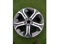 Suzuki Alloy Wheel 17 Inch New Condition in West London Area