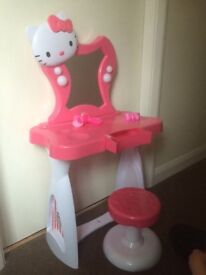 Hello Kitty dressing table with stool