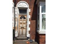 I'm looking 4 a job / Painting doors, fense, windows...