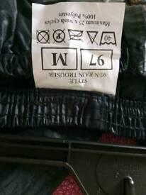 Medium waterproof trousers
