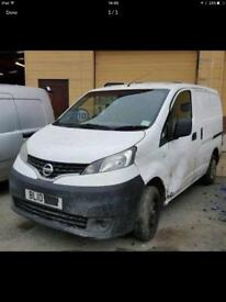 2014 Nissan nv200 parts breaking bcg white