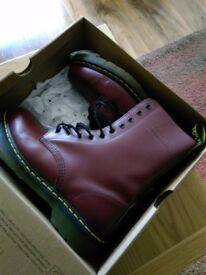 DOCTOR MARTINS size 9 . 10 holes ORIGANAL AIRWEAR CHERRY RED. BOOTS AS NEW BOXED
