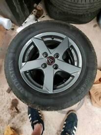 Wolfrace Kodiak alloys with tyres