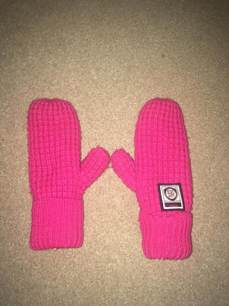 Superdry gloves/mittens