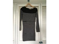 Black and white long-sleeves JoJo Maman Bebe nursing dress, size XS.
