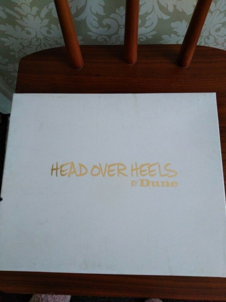 5e55a62fe5f Head Over Heels New Shoe s.
