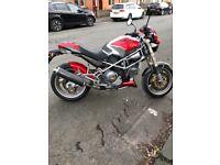 Ducati Monster m900 Road Racing