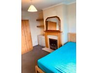 Nice Double Room in Botley