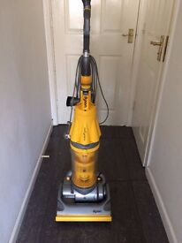 Upright, Root Cyclone DYSON Vacuum Cleaner
