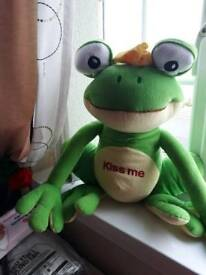 Kiss me frog large soft toy
