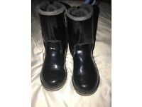 Genuine toddler size 8 ugg boots