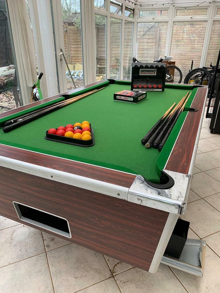 Superleague Pool Table : 7x4 Ex Pub Slate Bed Pool Table ...