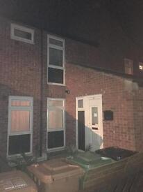 3 bed in wellingborough for 3 bed anywhere in london or edges