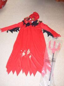 Devil Dressing up costume for Halloween