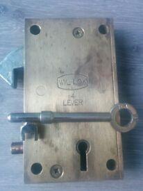 industrial concertina gate lock
