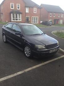 2003 Black Vauxhall Astra SXI 1.6L petrol hatchback
