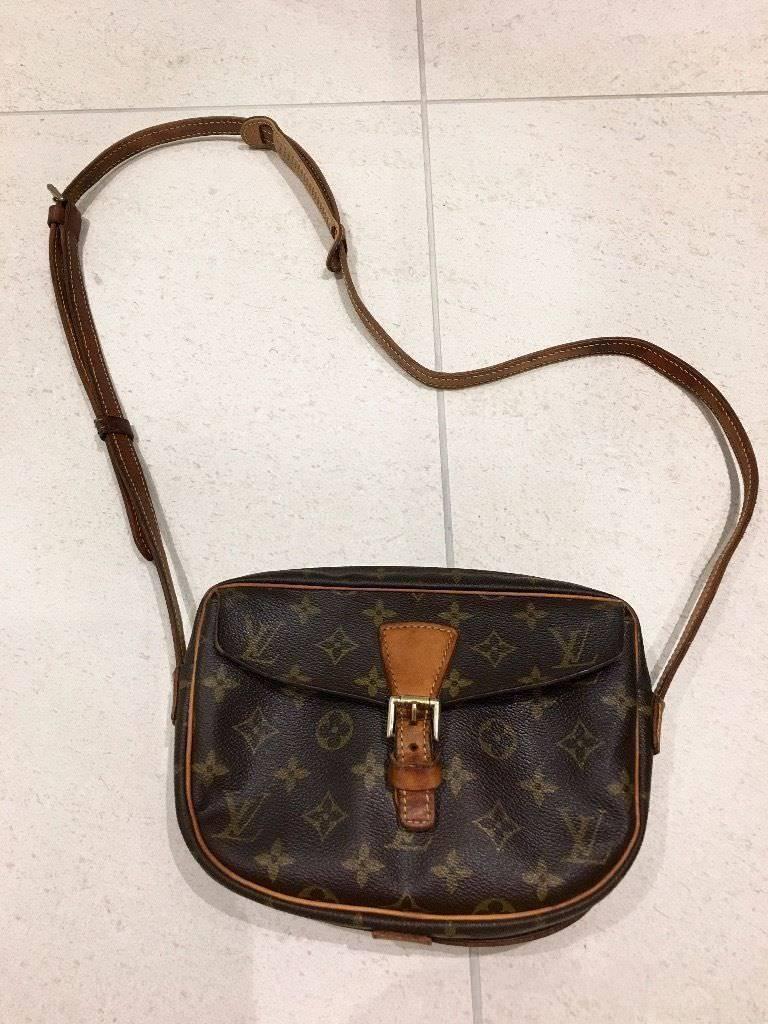 Authentic LV Louis Vuitton Jeune Fille Pm Monogram canvas leather women s  shoulder bag 6ba19a288
