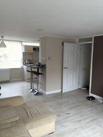Modern split level 2 bedroom flat (75m2)