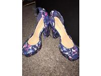 £10 a pair!