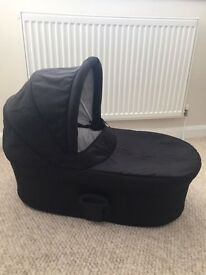 Car seat - Carrycot and Adapters. Mamas and Papas Zoom