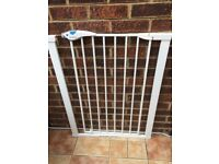 Lindam Easy Fit Plus Deluxe Extra Tall High Pressure Fit Safety Gate £10 Collection in SW15 London