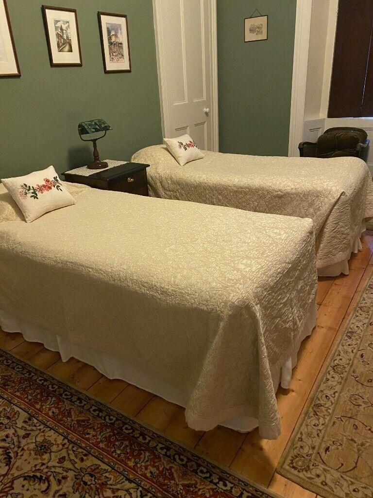 Picture of: 2 X Single Divan Beds And Matresses In Hillside Edinburgh Gumtree