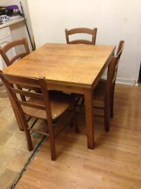 Extendable kitchen table with 4 chairs