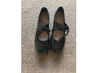 Ladies Tap shoes size 6