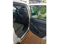 7 seater zafira 2014 reg silver family use