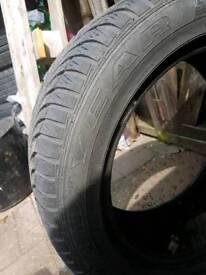 Goodyear maxigrip tyre 205 55 16 tyre
