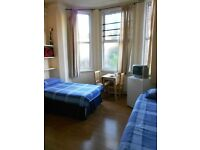 Amazing, Bright and Big Twin Room in Zone 2!