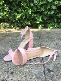 Baby pink heels UK size 7