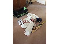 Junior kids cricket kit - Slazenger/Gray Nichols.