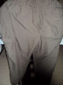 Green Zantos trousers size small